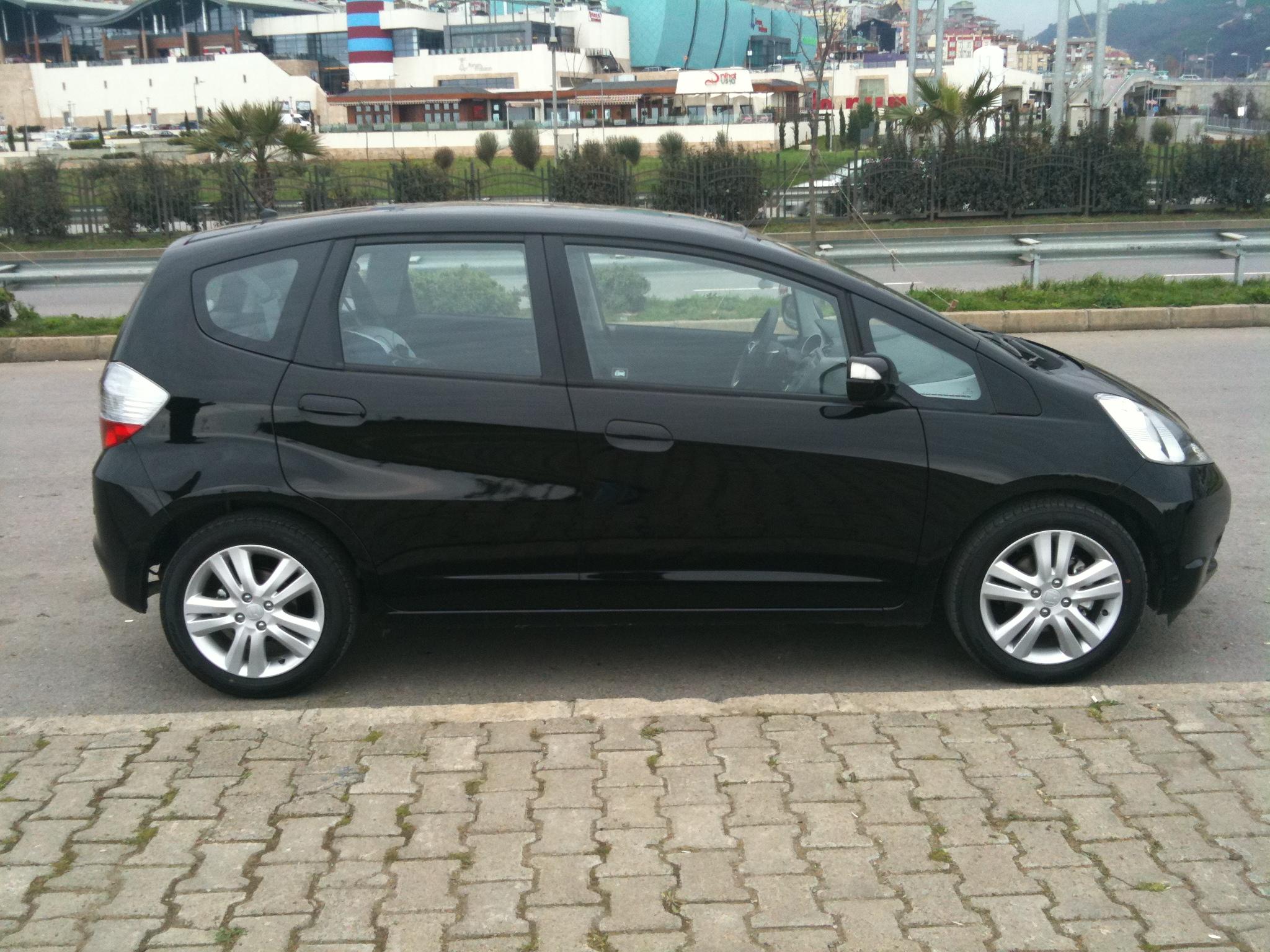 Honda Jazz 14 I Shift Fun Incelemesi Emre Kiyakoğlu Kişisel Web